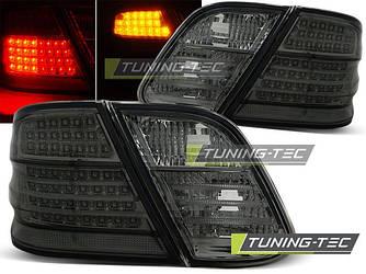 Стопы фонари оптика Mercedes CLK W208