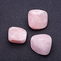 Наутральный камень Розовый кварц  кусочки разные р-р 2,5х2см +-