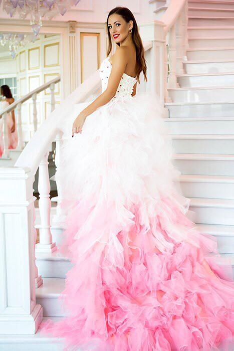 09d874572d696f6 Шикарное розовое платье