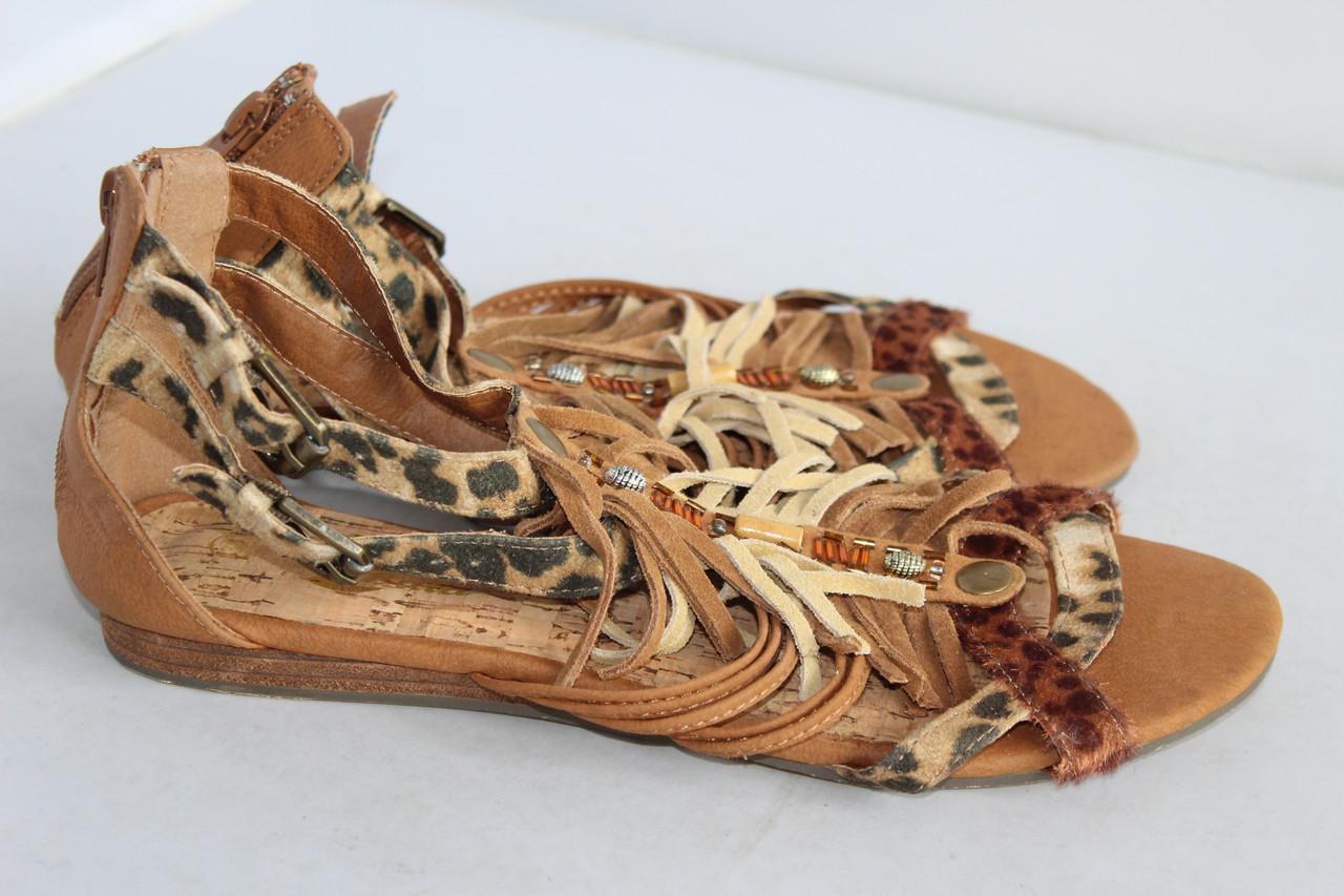 Женские босоножки Bata