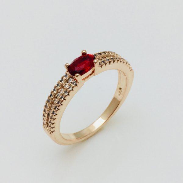 Кольцо с красным камнем Нежность, размер 17, 18, 19, 20