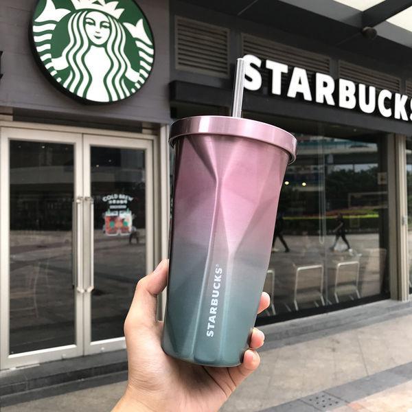 Стакан Starbucks з трубочкою
