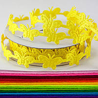 "(10 ярдов) Лента резная ""Бабочки"" ширина 1,5 см. Цена за бобину ≈ 9,15 метра Цвет - Жёлтый"