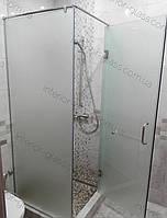 Угловая душевая кабина 0,9м*0,9м с распашной дверью, матовое стекло