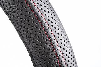 Чехол на руль кожаный черный с красной ниткой, перфорированный 4L09-1, фото 2