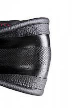 Чехол на руль кожаный черный с красной ниткой, перфорированный 4L09-1, фото 3