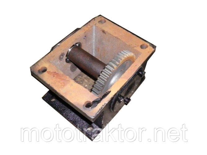 Редуктор промежуточный для мототрактора