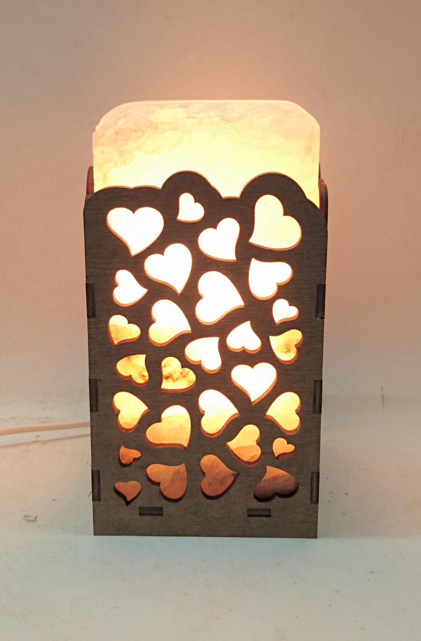 Соляной светильник Прямоугольник в дереве Сердца большой