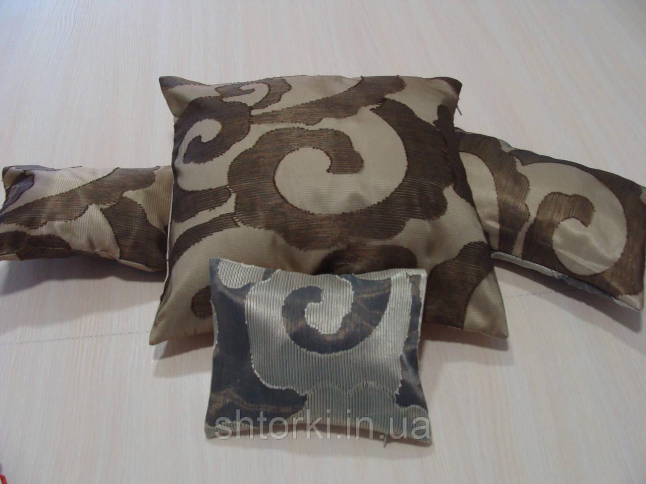 Комплект подушек Завитки коричневые и молочные, 4шт