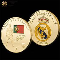 Позолоченная сувенирная монета Роналдо
