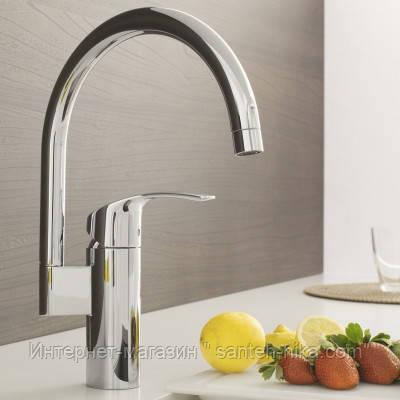 Кухонный смеситель GROHE Eurosmart 33202002