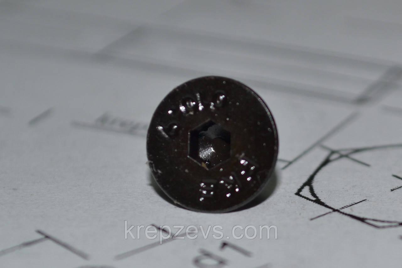 Винты с внутренним шестигранником М8 под ключ