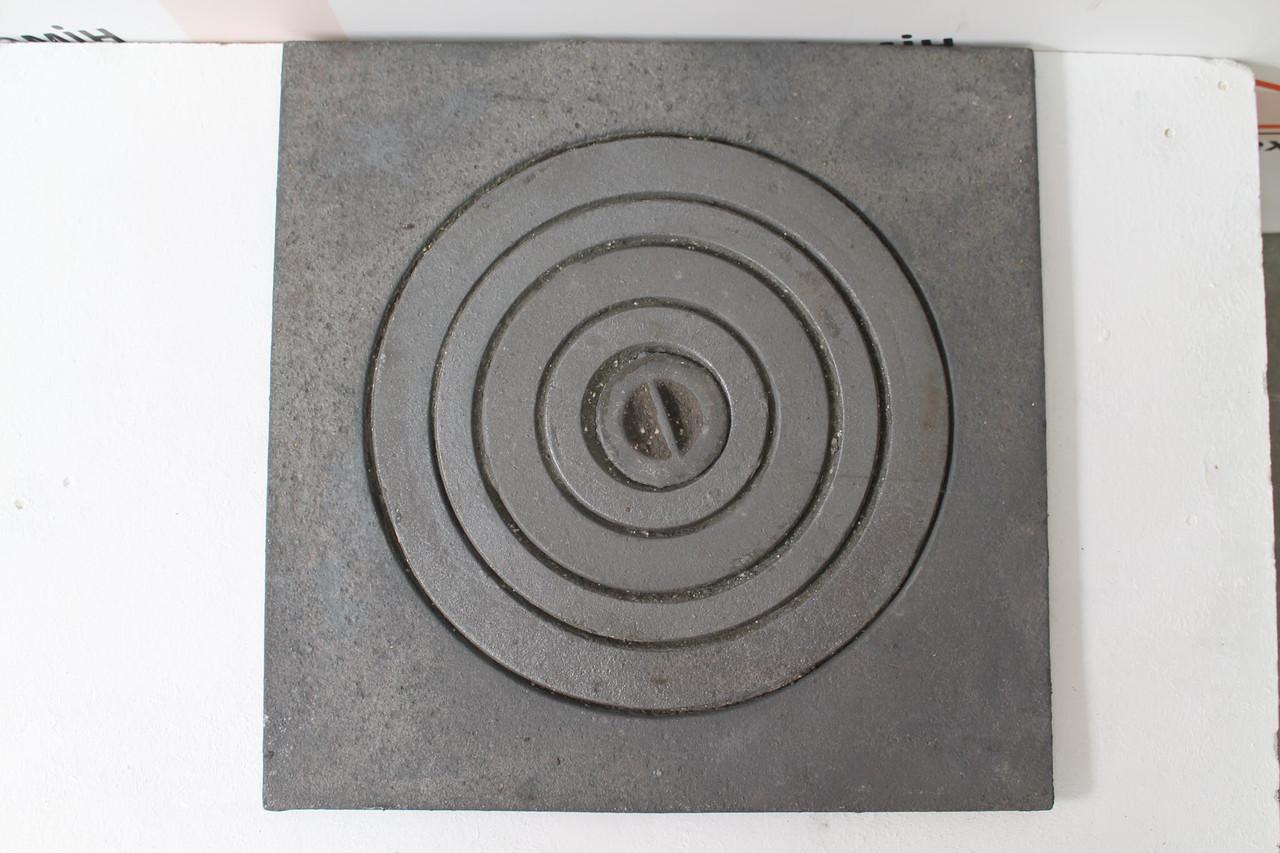 Плита чугунная под казан 550х550