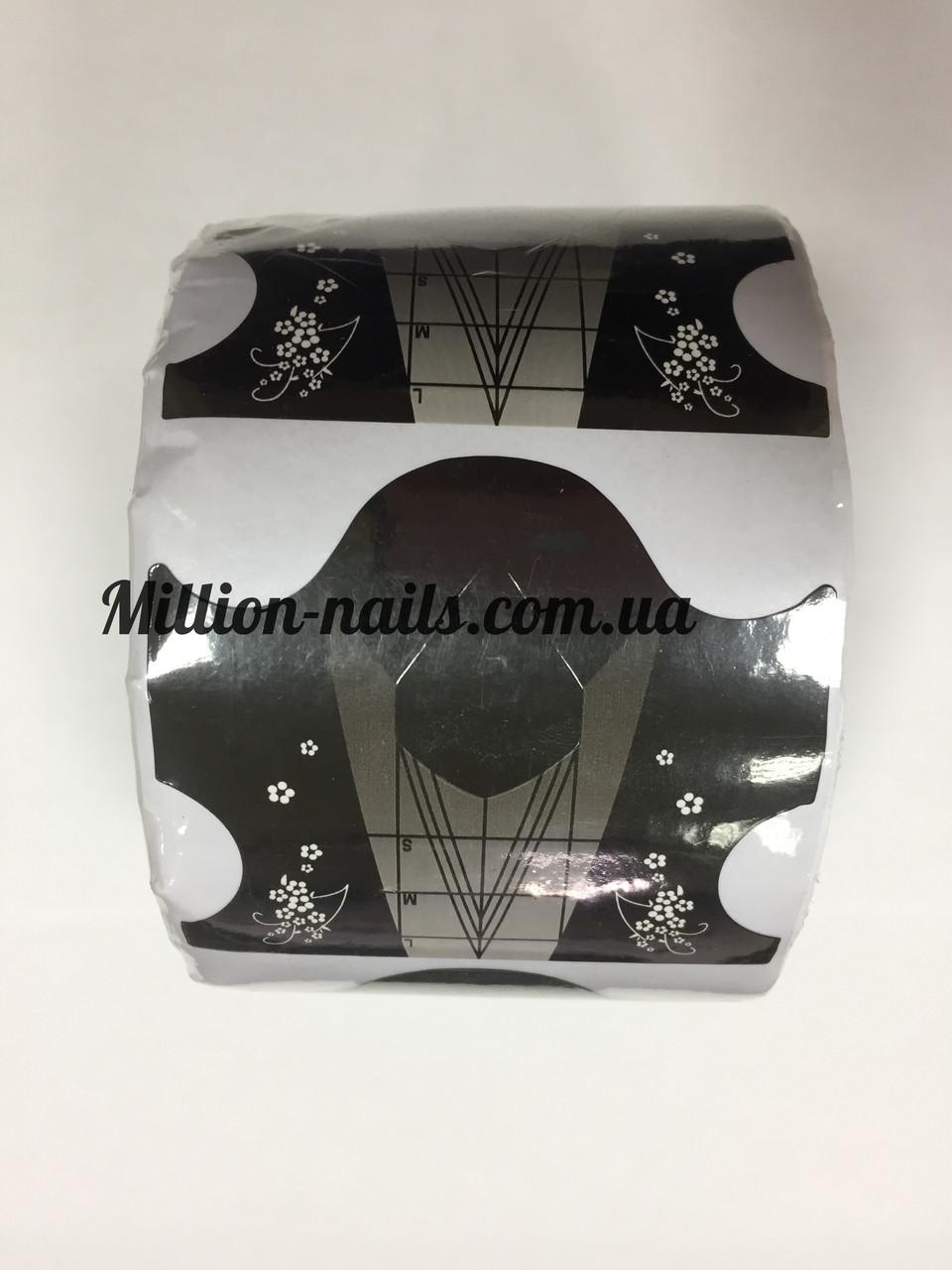 Форма для наращивания ногтей черная