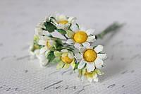 Ромашки 2  см 6 шт/уп. бело-зеленого цвета, фото 1