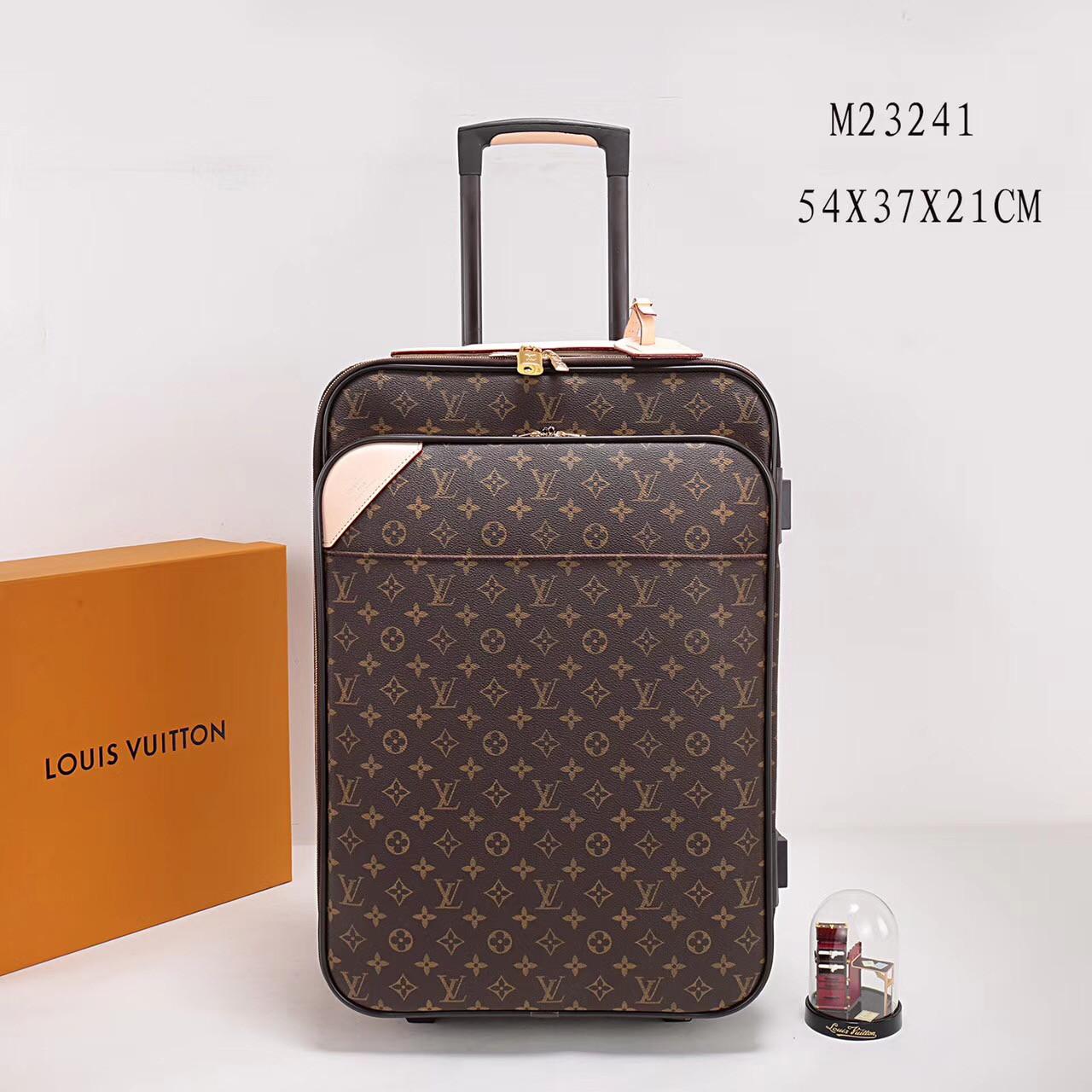 faee0eb4519a Дорожный чемодан Louis Vuitton, цена 11 900 грн., купить в Киеве ...