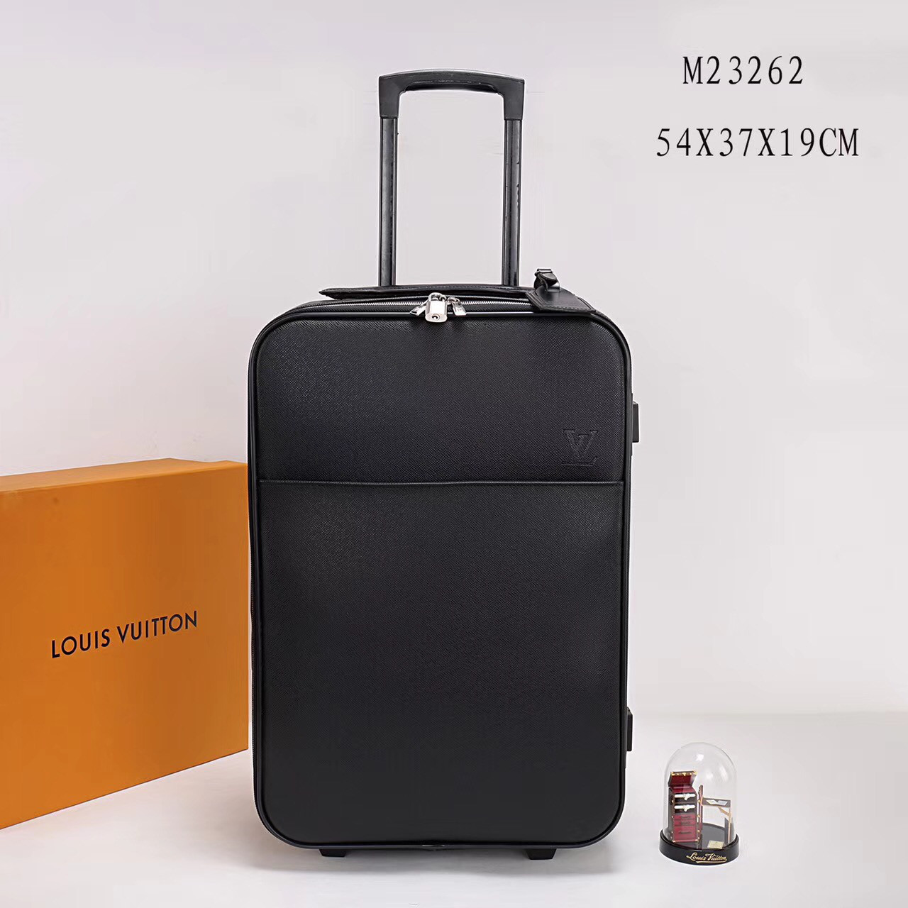 Багаж на колесах Louis Vuitton