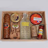 Подарок для мужчины (красная икра, абсолют, сыр, колбаса, шоколад) Оригинальный подарок другу