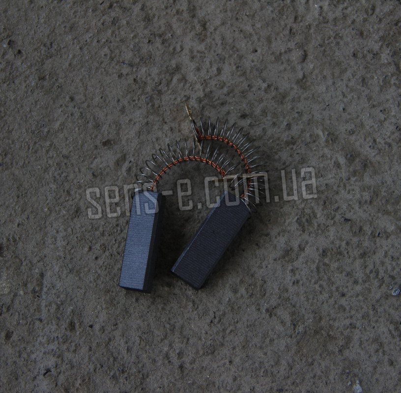 Щетки угольные цельные с пружиной 5*12,5*35 (провод по центру)