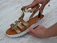 Босоножки  блестящие  римского стиля  золото, фото 1