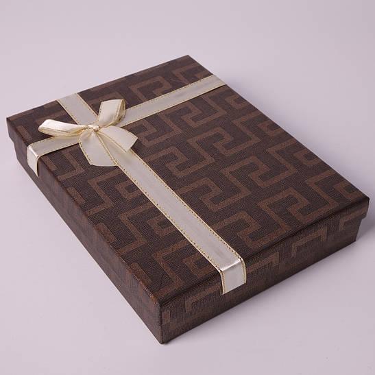 """Подарочная коробочка """"Геометрия с бантом Большая коричневая 16 х 12,5 х 3 см"""" для набора"""