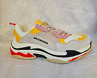 Женские кроссовки Balenciaga Triple s  серые с  желтым и белым