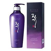 Регенерирующий шампунь Daeng Gi Meo Ri Vitalizing Shampoo 500 мл