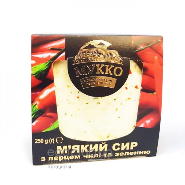 Сыр мягкий с перцем чили и зеленью МУККО 250г