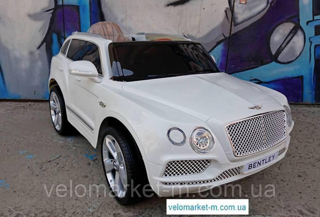 Электромобиль BENTLEY белый