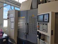 Фрезерний станок с ЧПУ 5ти осевой  AKIRA SEIKI SV815