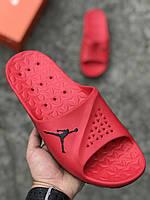 Резиновые тапочки Nike Air Jordan красные  (копия)