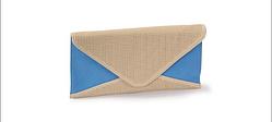 Клатч женская сумочка бежевая с голубым.