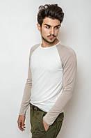 Тонкий трикотажный пуловер с круглой горловиной