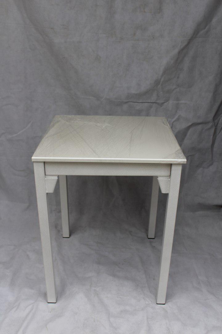 Стол для кухни белый