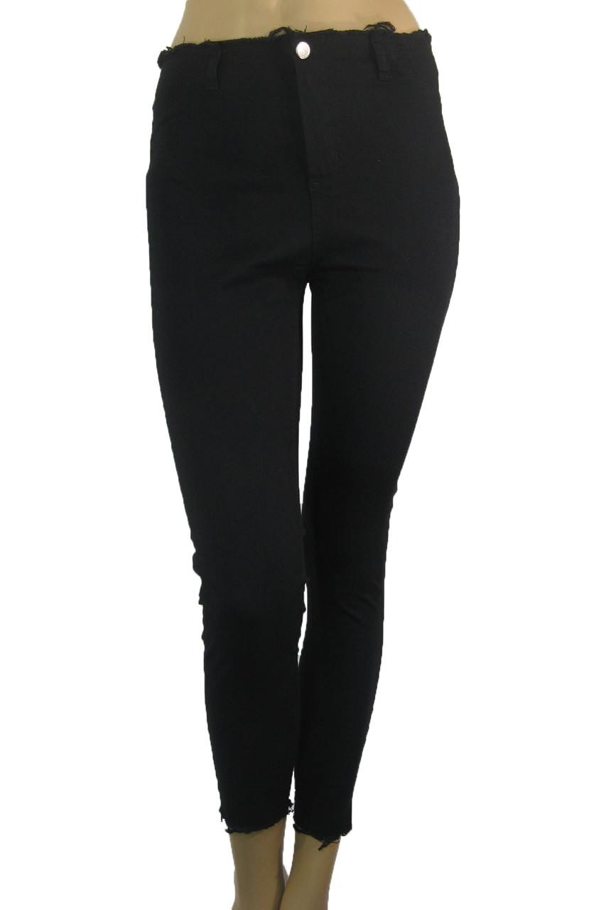 Жіночі чорні джинси з високою талією і необробленим поясом