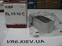 Радиатор охлаждения масла VW T5, Touran, Amarok, Caddy 1.9-2.0TD 03L117021C