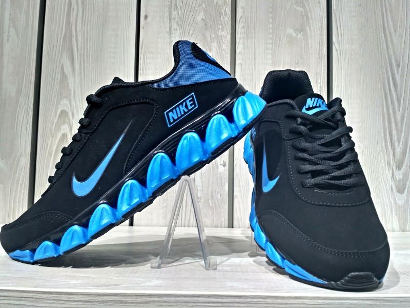 Кросівки Nike 28.5 див. Остання пара!