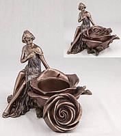 Шкатулка Девушка и роза (15 см) Veronese 10197 A4 Veronese Италия