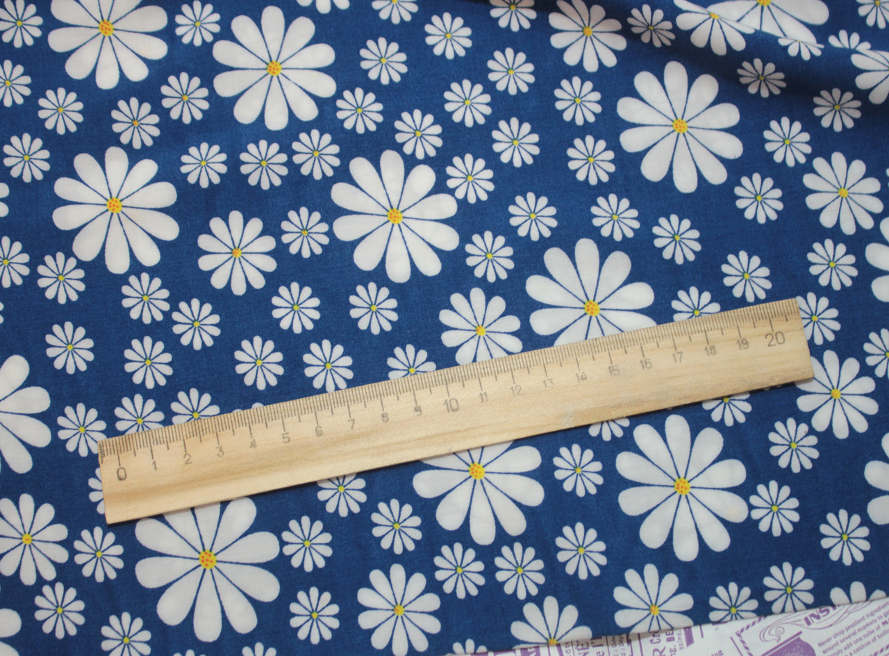 Ткань штапель принт ромашки на васильковом