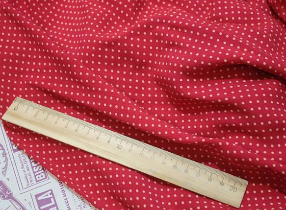 Ткань штапель принт мелкий горох на красном, фото 2