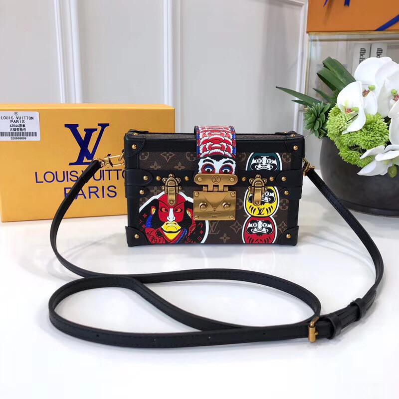 Сумка- клатч Louis Vuitton