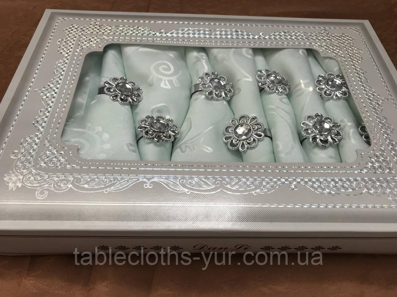 Скатерть   150 -220 роза