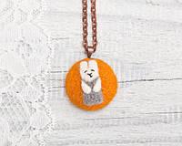 Кулон ручной работы Кролик на оранжевом войлоке