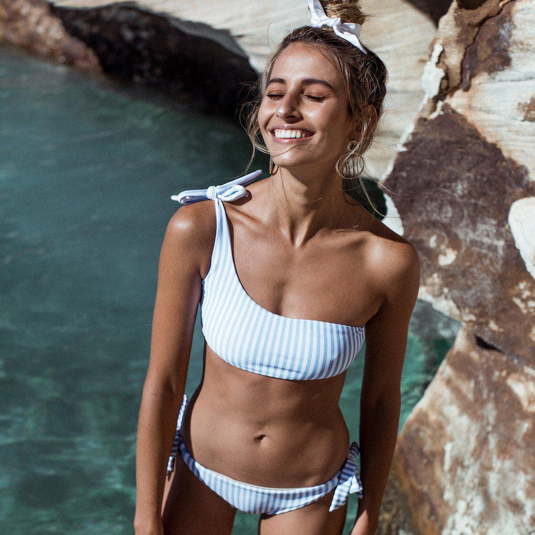 Летний женский купальник Pleasure