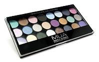 MUA Immaculate Collection палитра для макияжа  24 оттенка теней
