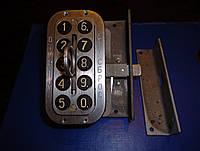 Кодовый дверной замок