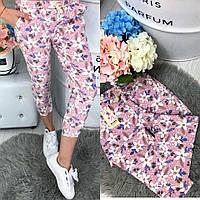 Женские штаны в цветочный принт
