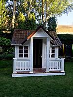 Детский игровой домик из дерева.