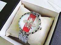 Стильные женские часы копия Гуччи серебро+белый