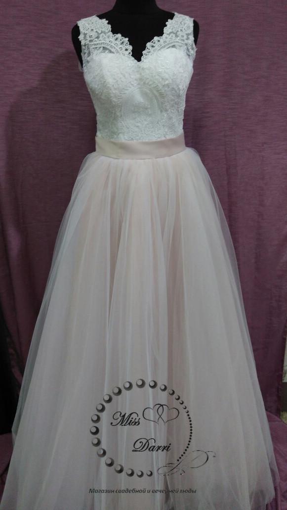 Сукня весільна пудрова з білим